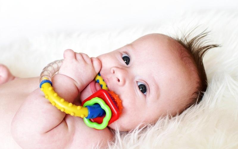 от 6 мес кода чешуться зубы игрушка купить вас