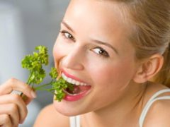Способы избавления от неприятного запаха изо рта