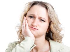 Из-за чего после пломбирования может болеть зуб?