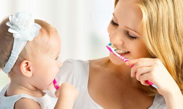 Приучение к зубной щетке