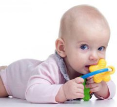 Могут ли прорезаться зубы в 3 месяца?