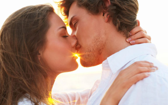 Поцелуй без запаха изо рта
